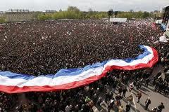 Vincennes-foule dans La politique nationale