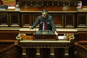 Vers une solution de solidarité pour les carrières longues dans Retour de séance le-ministre-du-budget-jerome-cahuzac-le-7-novembre-2012-a-l-_887944-300x201
